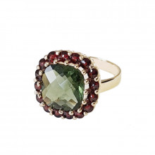 Gold ring, garnet, moldavite