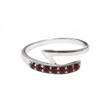 Stříbrný prsten, granát