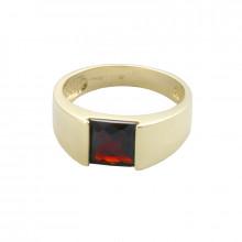 Кольцо золотое, гранат