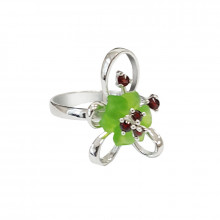 Silver ring, garnet, glass