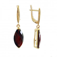 Gold earrings, Unique Garnet