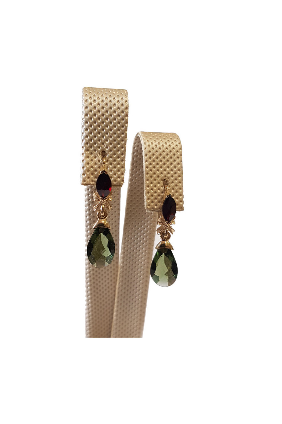 Gold earrings with garnet and moldavite