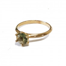 Gold ring , moldavite