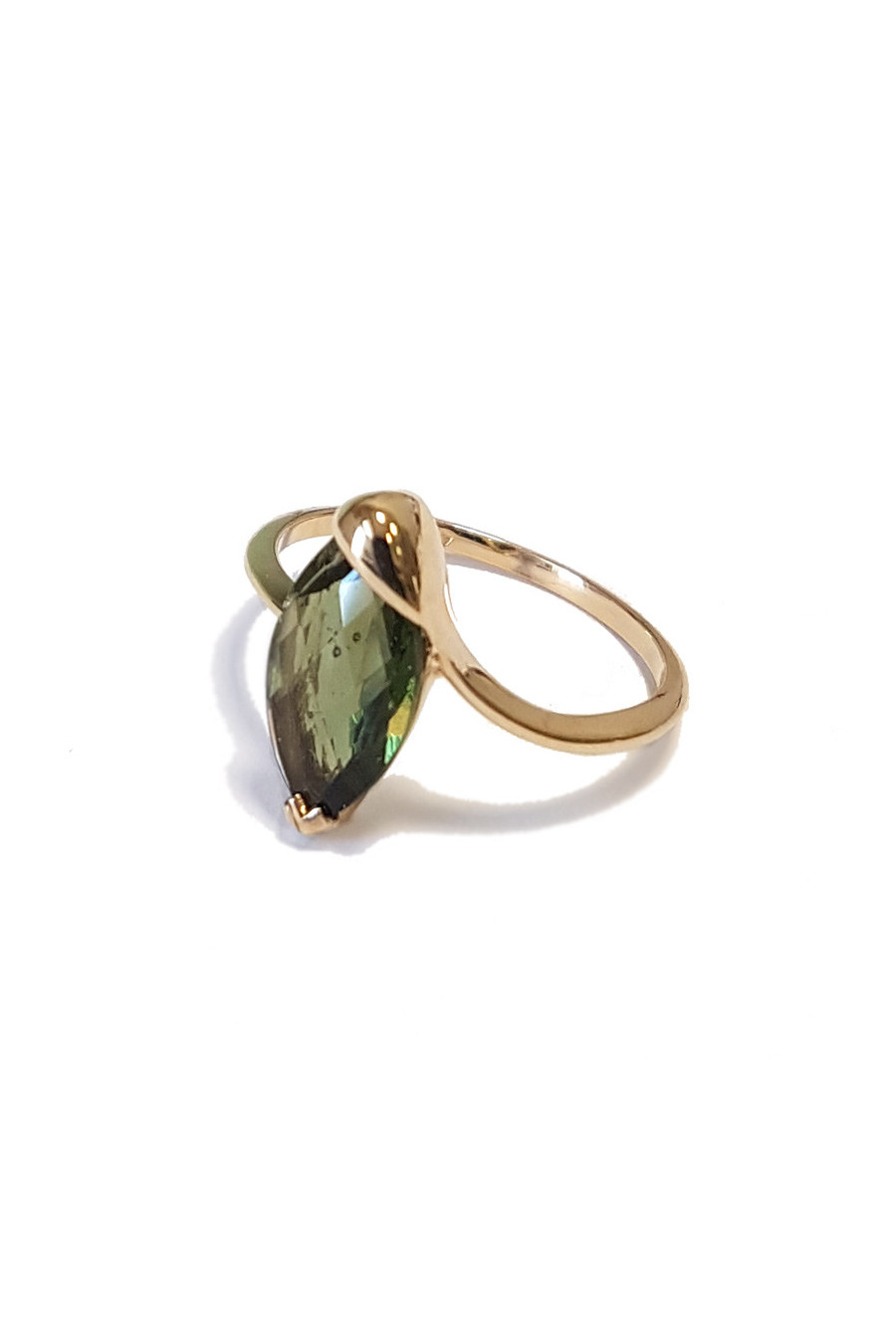 Gold ring with moldavite