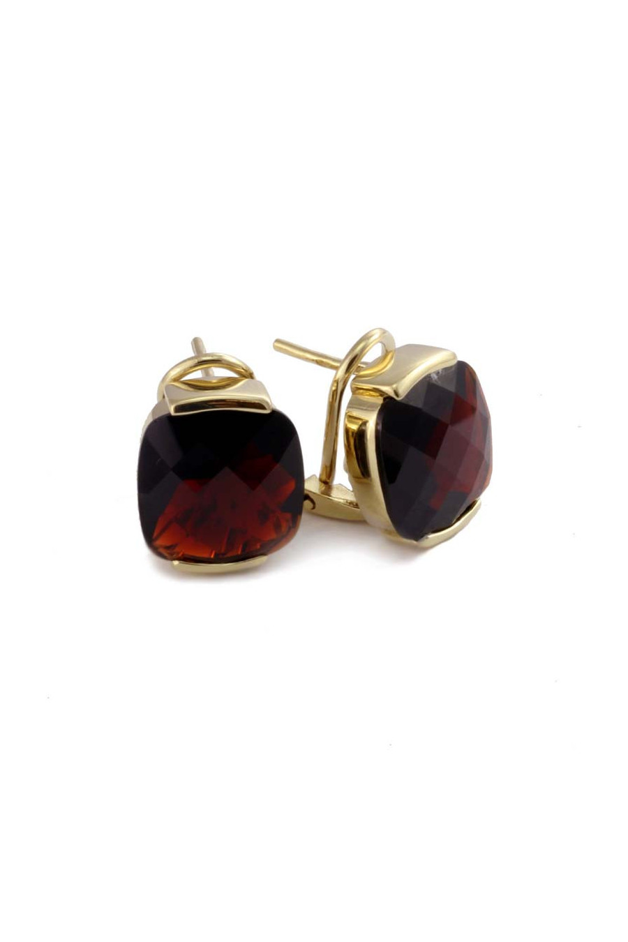 Gold earrings with garnet