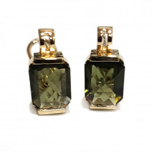 Gold earrings with moldavite