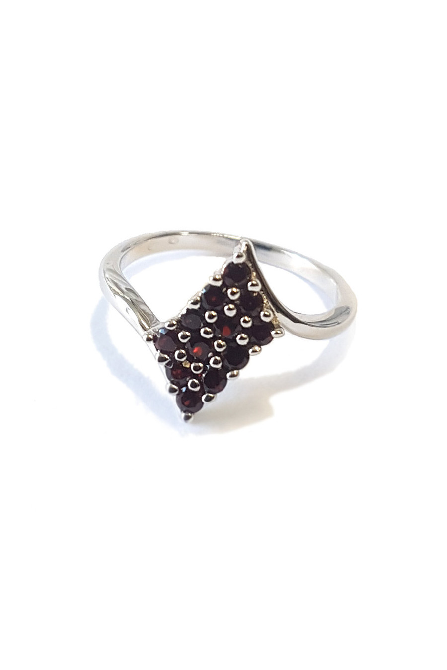 Sterling silver ring with garnet