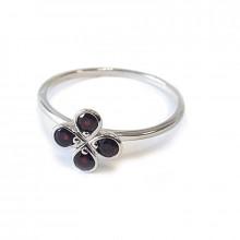 Silver ring, garnet