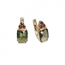 Gold earrings, garnet, moldavite