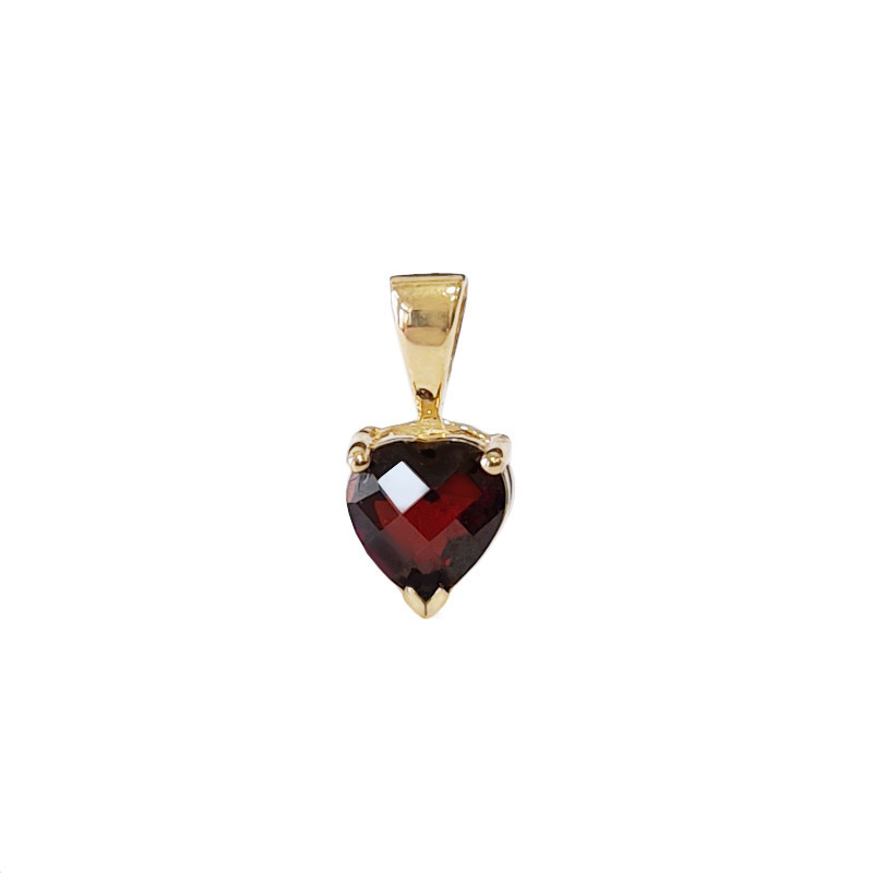 Gold pendant, garnet