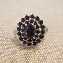Silver, garnet - classical design, large