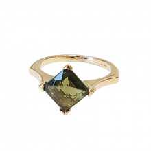 Gold ring, moldavite