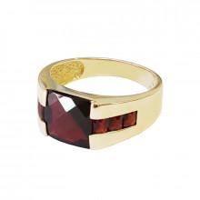 Men's gold ring with garnet